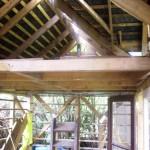 La mezzanine et la toiture en ardoise